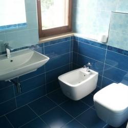 Bagno 7 - sanitari e lavabo