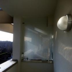 Parete divisoria in vetro di sicurezza per balconi