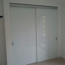 Porte scorrevoli per cabina armadio - chiusa